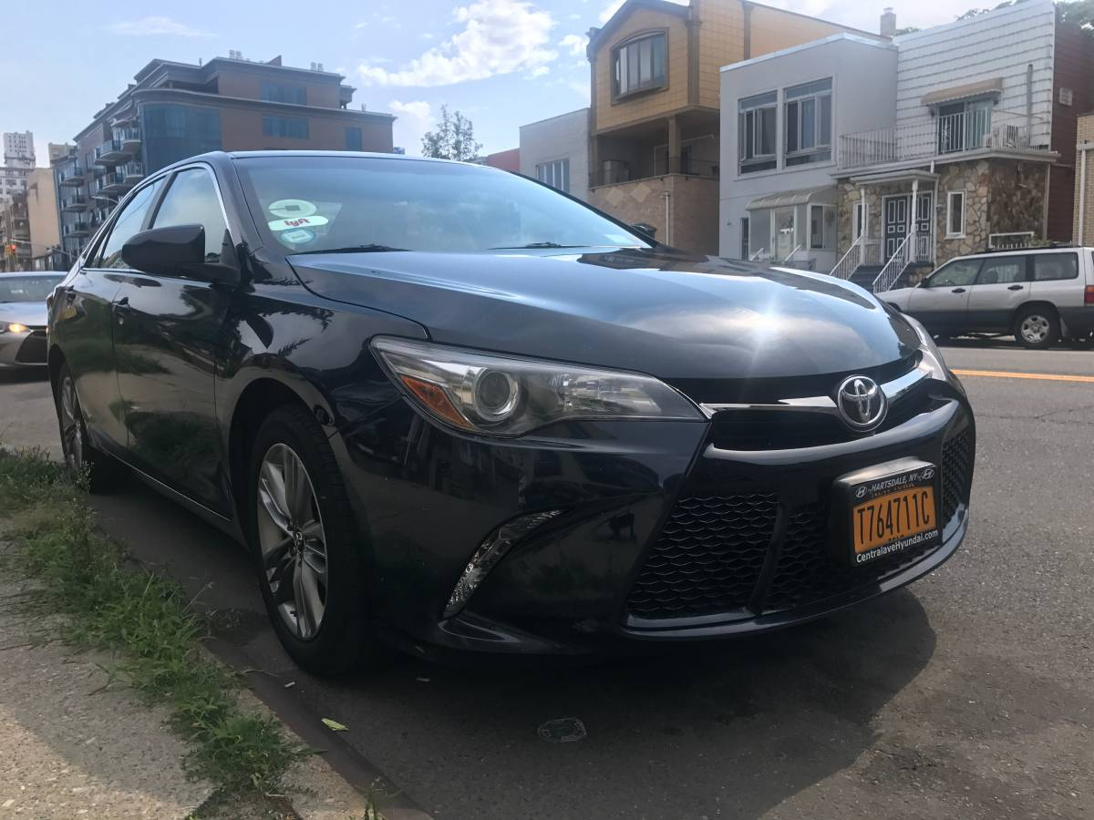2015 TOYOTA CAMRY SE REGULAR FOR TLC UBER LYFT RENTAL