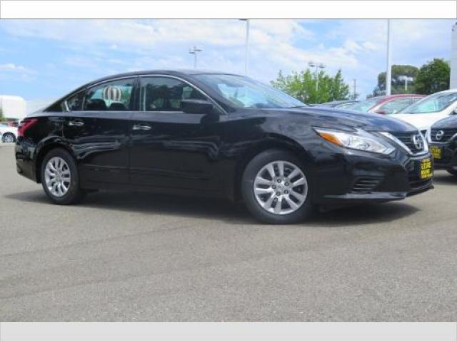 Renting My 2017 Nissan Altima for $370