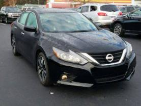 TLC CARS FOR RENT 2018 NISSAN ALTIMA - $375