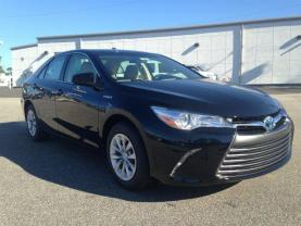 2015 TOYOTA CAMRY FOR RENT BY PRIVATE OWNER - $350